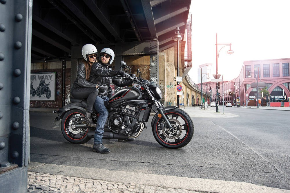 Kawasaki Vulcan S 2021 - negru
